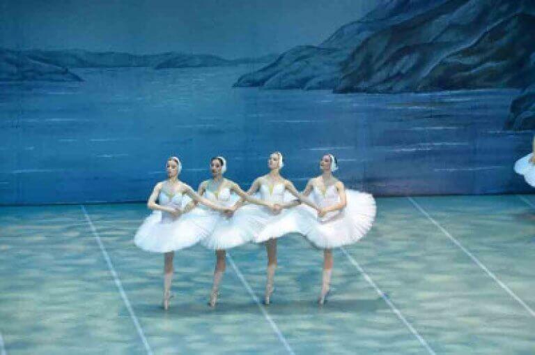 (c) St. Petersburg Festival Ballets Ovation Events
